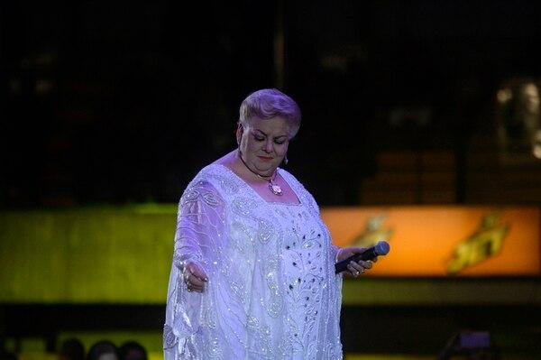 Paquita fue ovacionada por sus fans en el redondel de Palmares. Foto: Diana Méndez.