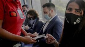 Pasaje del tren ya se puede pagar con tarjetas de crédito y débito