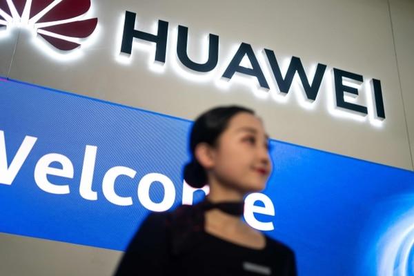 Huawei ya no podrá tener acceso al Google Play ni a Gmail. Foto AFP.