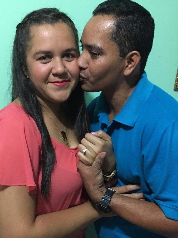 María Auxiliadora y Edwin López tienen dos años de relación y un niño de año y medio. Foto: Cortesía Edwin López