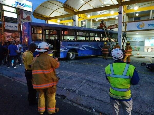 Sacar el bus no fue cosa fácil. Keyna Calderón