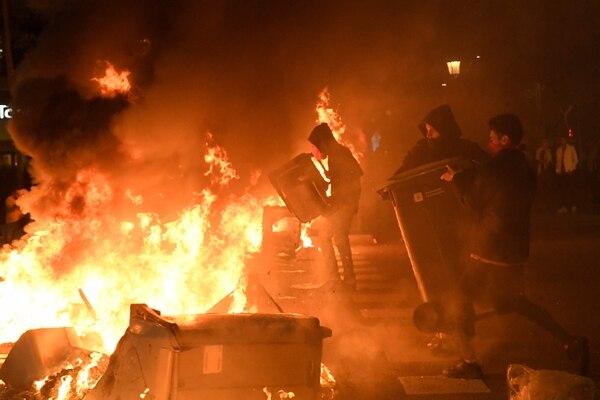 La ciudad, que es muy turística, está hundida en el caos. AFP