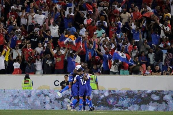 Haití festejó por primera vez ante Costa Rica en una Copa de Oro. Foto: AP.