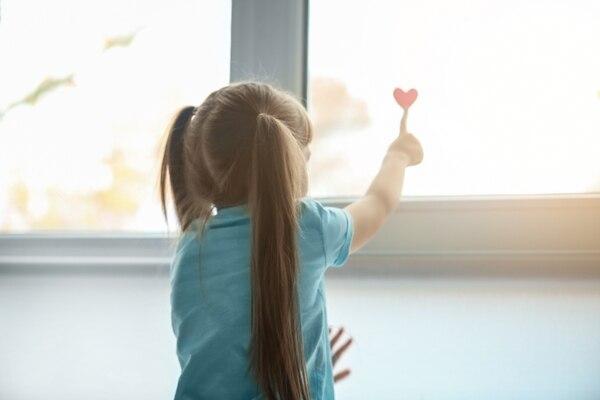 Los niños forman sus vínculos afectivos en los primeros dos años. Foto: Shutterstock