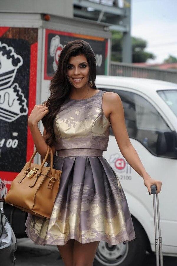 Hellen se inscribió en el certamen de Miss Costa Rica 2018 pero semanas después se salió por