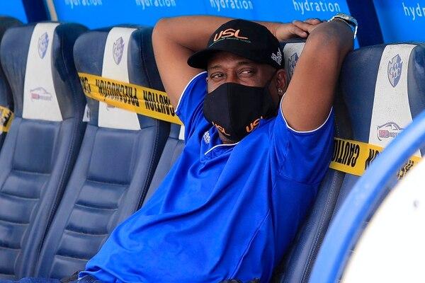 Hernán Medford, dirigirá nuevamente fuera del país, ¿dejará a los brumosos campeones antes de partir? Foto: Rafael Pacheco