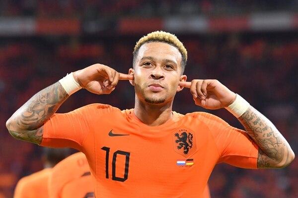 Memphis Depay también echó su golcito con Holanda frente a la divisa de Alemania. AFP