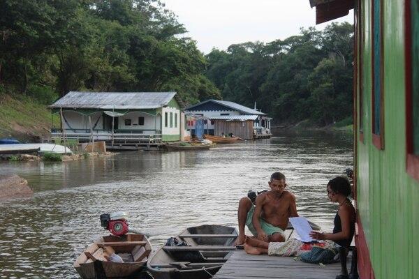 Carolina Freitas, exploradora de National Geographic ha trabajado por ocho años con las comunidades ubicadas en el corazón de la selva Amazónica.