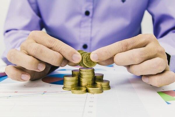 A diferencia de los hombres las mujeres reciben este beneficio sin que se revise sus ingresos. Foto: Archivo (fines ilustrativos)