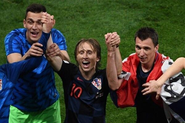 Luka Modric y Mario Mandzukic celebraron el pase de Croacia a la gran final del Mundial Rusia 2018. Fotografía: AFP / Jewel Samad