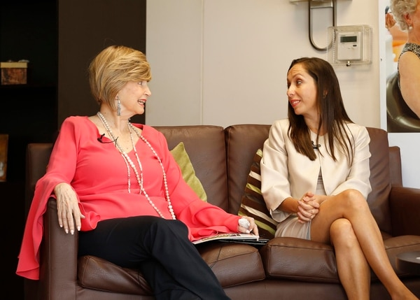 La exdiputada Rosemary Karpinsky participó en un conversatorio con la presidenta actual del Congreso, Carolina Hidalgo. Foto: Albert Marín.