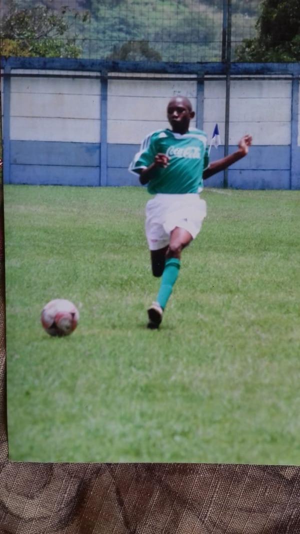Muy poco vio Limón de este futbolista que tuvo que venierse a San José a muy temprana edad. Foto: Reproducción Rodolfo Martín