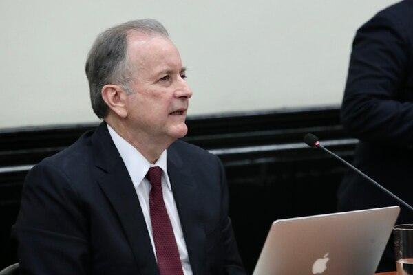 El exdiputado y excandidato presidencial podría retomar las riendas del PAC. Foto: Alonso Tenorio