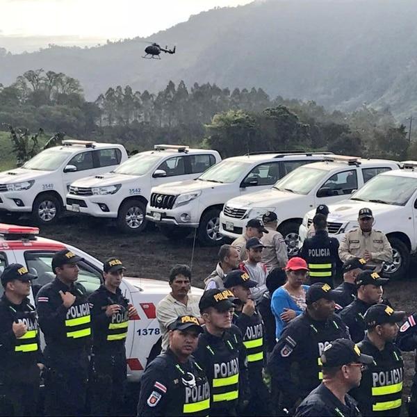 Más de 40 personas participaron en la búsqueda. Foto: MSP