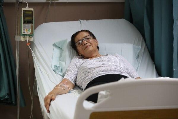 Doña Adela asegura que en el México la tratan puras tejas. Foto John Durán.