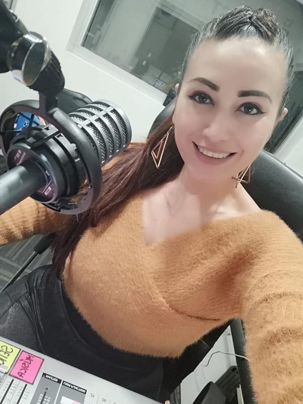 Maureen Ramírez es locutora de Impact 911. Facebook