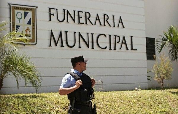 Los cuerpos fueron velados en una capilla municipal. (AP Photo/Salvador Melendez)