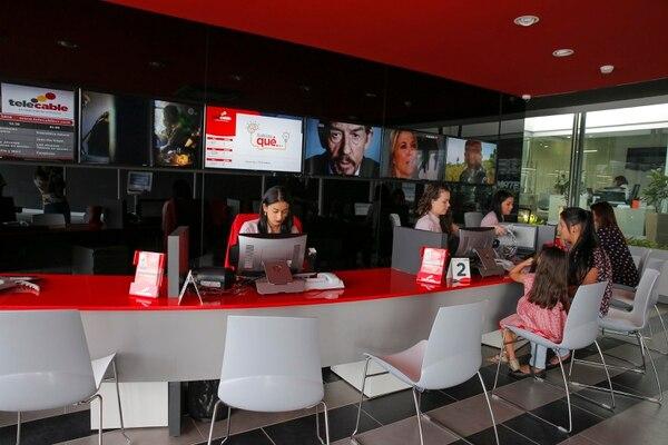 Telecable ofrece arreglos de pago para quienes se quedaron sin trabajo. Fotos: Mayela López