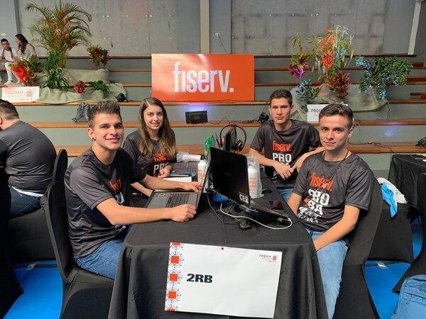 Este es el equipo que logró el segundo lugar de la competencia y se ganó tres mil dólares. Cortesía.
