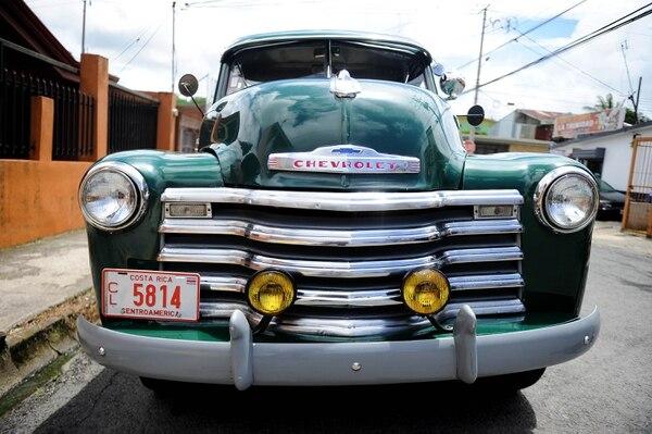Pegar con este carro de frente o de cualquier lado es meterse en una bronca porque uno sale perdiendo por lo fuerte que es. Foto: Melissa Fernández.