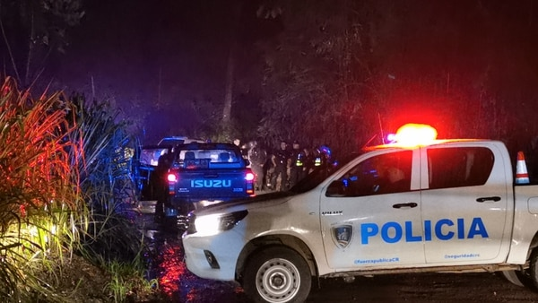 El carro sospechosos irrespetó la voz de alto de los oficiales. Foto: Reiner Montero.