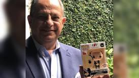 Luis Guillermo Solís ahora es un muñeco Pop