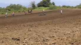 Agricultores de Centroamérica afectados por el cambio climático serán ayudados por Estados Unidos