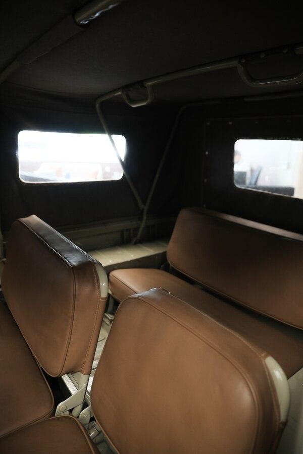 Este modelo mantuvo algunos rasgos de los toyotas de la Segunda Guerra Mundial, con asientos amplios y cómodos. Jeffrey Zamora.