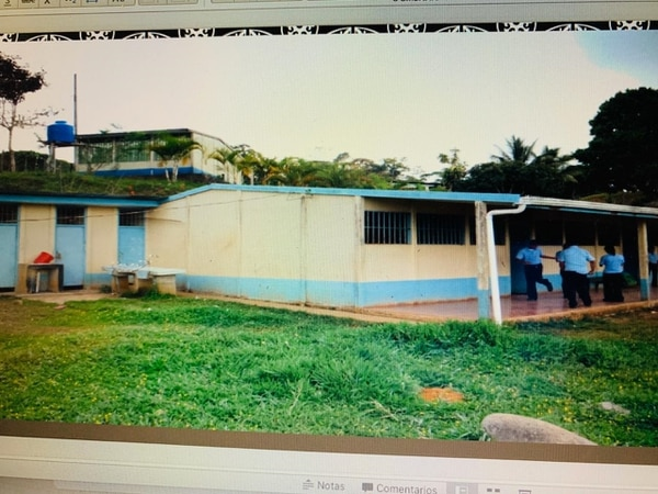 Así era el cole hace diez años. Foto: Cortesía Liceo.