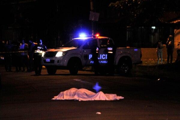 Los maleantes atacaron a Mena mientras estaba esperando a una persona. Fotografía Rafael Murillo