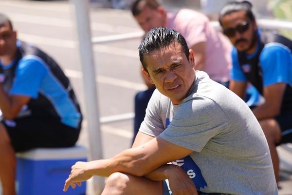 Wálter Centeno convenció a los jugadores griegos para jugar un fútbol bonito y no ser uno más en la primera división. Foto: Albert Marín.