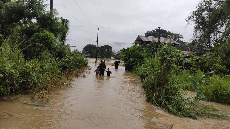 Una ola de cancelación de reservaciones afectó a los hoteleros de la región del Caribe sur, mientras las lluvias no cedían en la tarde de este viernes. Foto: cortesía
