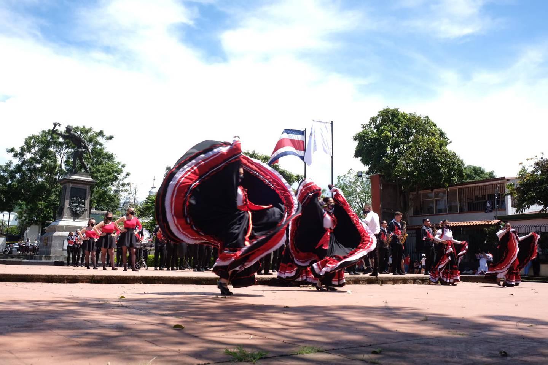 En el parque Juan Santamaría de Alajuela, el 13 de setiembre del 2021 se celebró con bandas y bailes folclóricos los 200 años de Independencia de Costa Rica