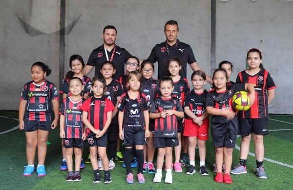 Miso se encargará junto con Erick Jiménez del equipo infantil femenino de la Liga. Foto: Cortesía LDA