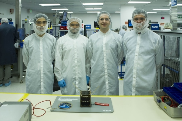 El proyecto Irazú, en el 2018, puramente tico, fabricó un satélite que estuvo en el espacio. Cortesía.