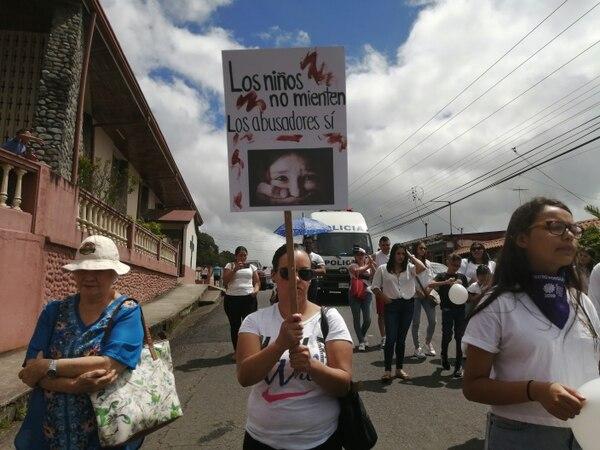 Los vecinos quieren que ningún niño sea víctima de violencia. Foto: Keyna Calderón