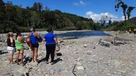 Tratar de salvar a una joven provocó que tres personas murieran ahogadas en el río Pejibaye