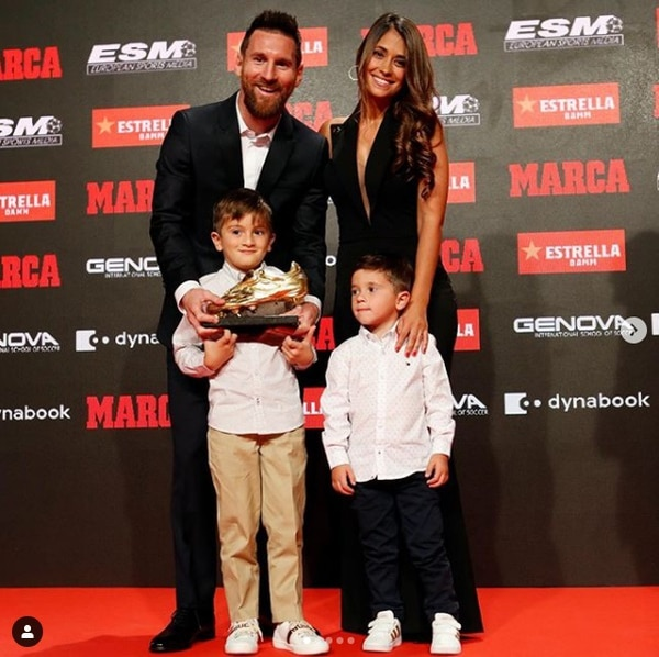 La familia siempre acostumbra asistir a las premiaciones del futbolista. Foto: Instagram