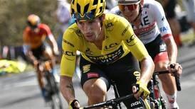A mí que me registren, dice líder del Tour de Francia