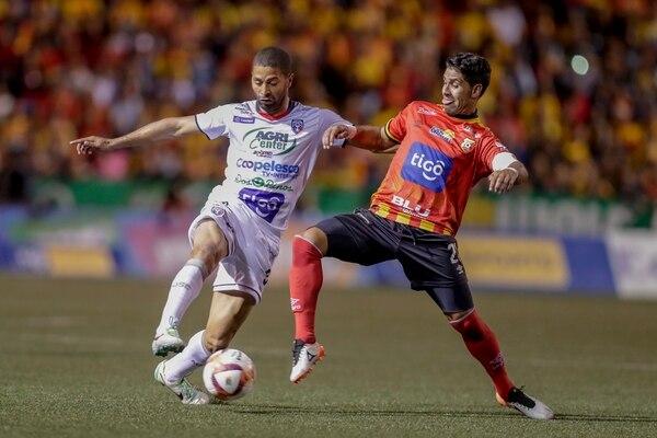 La serie semifinal ante San Carlos del Clausura 2019 fue la última de Salazar como futbolista. Fotografía José Cordero