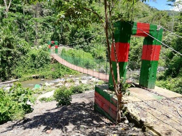 Este fue el puente que los indígenas construyeron. Foto: IMAS.