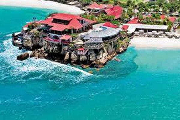 La isla caribeña de St. Barth. es una de las más caras para visitar. Internet
