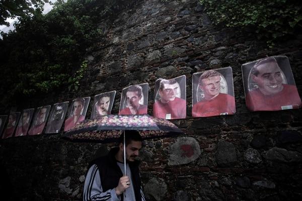 El rostro de los jugadores luce en los alrededores de la Basílica de Superga de manera permanente. Foto: AFP.