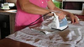 Trabajadoras domésticas enfrentan gran obstáculo: les piden que ya estén vacunadas