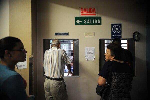 La Caja pide a los pacientes que avisen cuando no puedan ir a las citas para avisarle a otro paciente. Foto Diana Méndez.