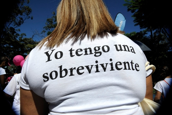 Por todas las familias que han pasado por el cáncer de mama, se organiza maratónica virtual. Foto: Rafael Murillo