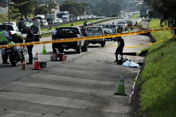 El ciclista iba para su casa cuando fue atropellado por el carro. Foto Alonso Tenorio