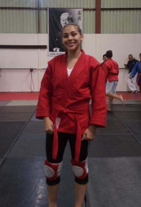 María Angélica Muñoz se graduó del Liceo de Moravia y estudiará Ingeniera Química Industrial. Se destacó por su notas y la práctica del judo. Foto: Cortesía.