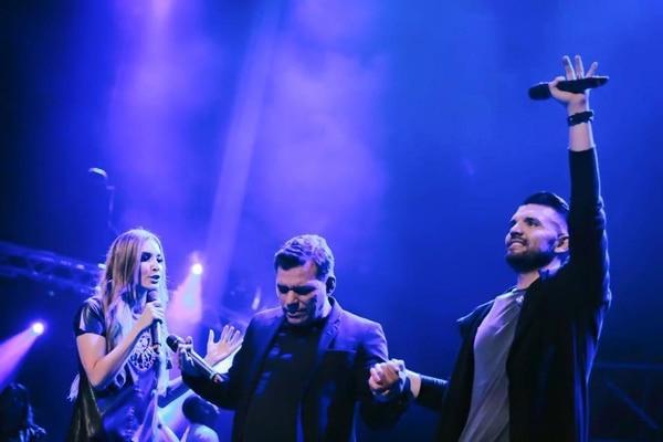 El 11 de marzo varios artistas y seguidores del cantante se unieron en una jornada de oración. Cortesía Bani Muñoz.