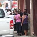 19/09/2017/ encuentran oficial de Fuerza Pública muerto en su vivienda en urbanización Cocorí de de Aguas Calientes de Cartago, el policía de nombre Fernando Calderón de 57 años de edad fue asesinado aparente por motivos pasionales / Fotografia: John Durán